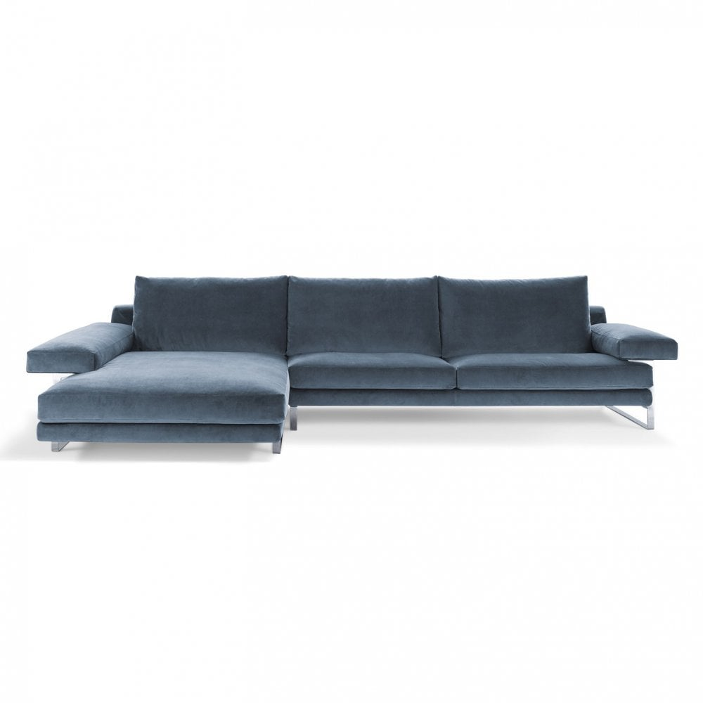 Ego A Sofa With Chaise