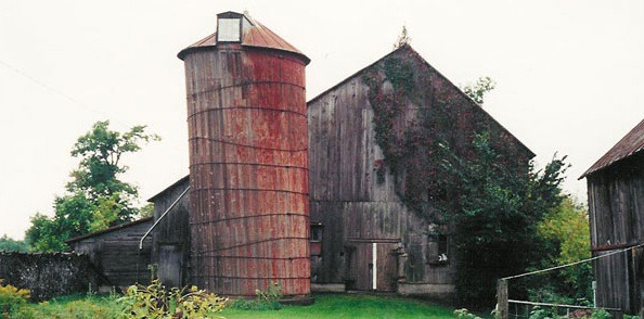 Example of a Canadian Barn - the source of this unusual wood.