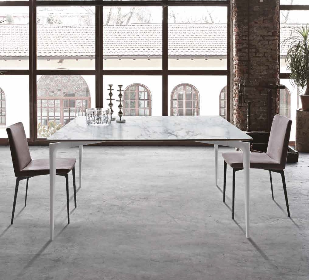 Alivar Liuto Dining Tables